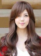 超有女人味的韩式中长发卷发发型图片[7P]