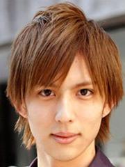 新款男生蓬松定位烫发型图片[6P]