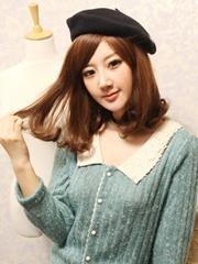甜美迷人中长发烫发发型图片,刘海很好看[9P]