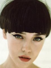 欧美范女生短发蘑菇头图片[5P]