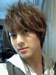 男生什么发型最帅 最受女生欢迎的男生发型[8P]