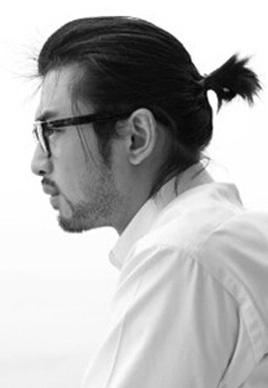 《后会无期》陈柏霖发型爆红 眼镜胡须堪称绝配[6P]