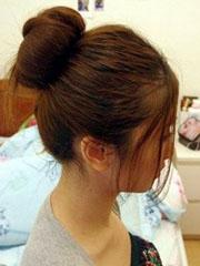 用盘发器盘韩式花苞头教程 简单好看最实用[7P]