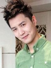阳光男生短发烫发发型图片[6P]