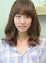 韩式荷叶头短发发型图片 清秀小女人味[5P]
