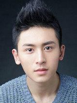 男生瓜子脸适合的发型图[9P]