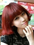 女生酒红色头发图片 好看洋气显白[9P]