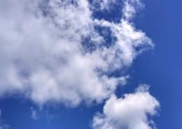 高空中洁白的云朵图片_12张