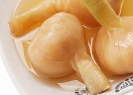 腌制的大蒜图片_11张