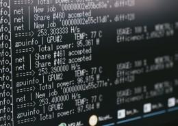 电脑屏幕上的代码图片_12张