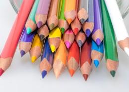 颜色多种多样的彩色铅笔图片_12张