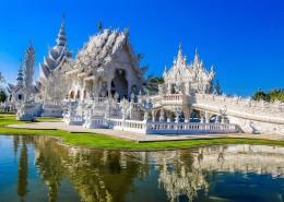 雕刻精美的佛教建筑图片_10张