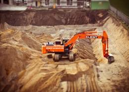 正在施工作业的挖掘机图片_14张