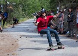 难度超大的滑板运动图片_12张