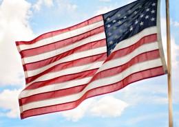 随风飘扬的美国国旗图片_12张