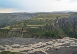 新疆乌苏大峡谷自然风景图片_14张