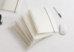 透明硬塑料封面笔记本图片_9张