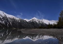 美丽的西藏然乌湖风景图片_13张