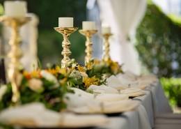 布置精美的长餐桌图片_10张