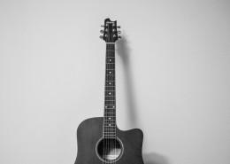 帅气的古典吉他图片_9张