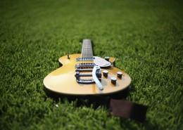 帅气的电吉他图片_10张