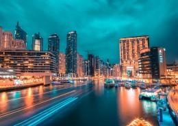 灯光闪烁的城市夜景图片_9张