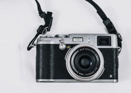复古微单相机图片_11张