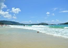 海南三亚亚龙湾海滨风景图片_8张