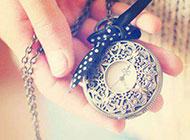 时间飞逝复古怀表浪漫意境美图