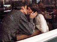 幸福浪漫的欧美情侣图片