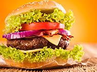 超大双层牛肉汉堡图片欣赏