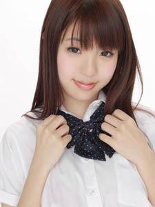 日本美少女学生妹清秀可人