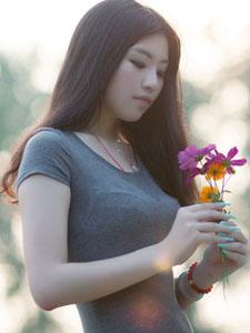 可爱清纯美女户外写真