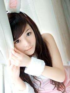 清纯萌妹子扮演兔女郎可爱迷人写真
