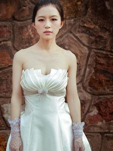 好久不见当年美女甜美养眼婚纱写真