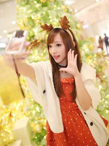 清纯MM新年可爱迷人自拍照