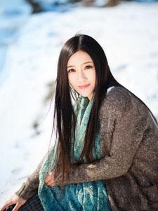 女神冬日清纯甜美写真
