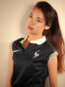 青春活力女孩靓丽写真助阵世界杯