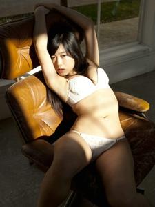 日本素颜女神铃音私房性感内衣阳光照人