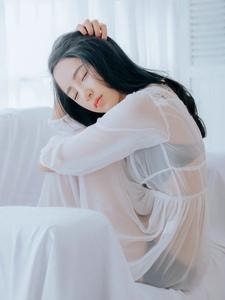性感蕾丝透视睡衣高颜值美女迷人写真
