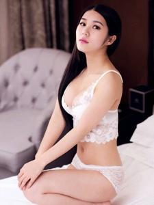 新星平面模特王晓性感浴室朦胧美