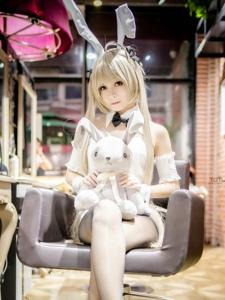 甜美少女cosplay春日野穹黑丝兔女郎极致诱惑