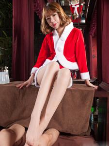 圣诞装美女性感诱惑大胆写真