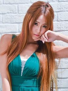 长绿裙美女小雪winnie清纯气质动人写真