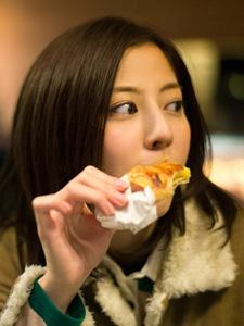 日本气质美女杉本有美写真