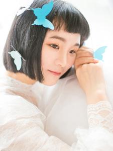 清纯短发可爱少女室内梦幻意境写真