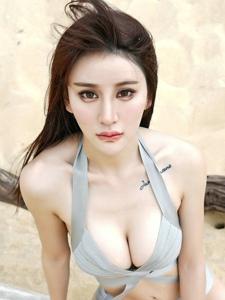 妖艳美女Cheryl青树海边大胸长腿美艳诱人