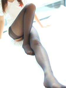 开裆黑丝袜护士装小美媚迷人美腿诱惑十足