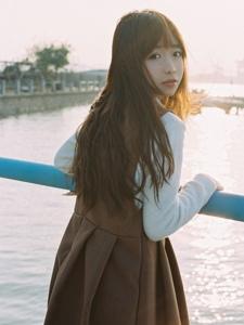 海边少女文艺意境小清新美女写真