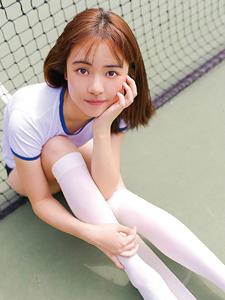 可爱活力运动少女网球场气质写真